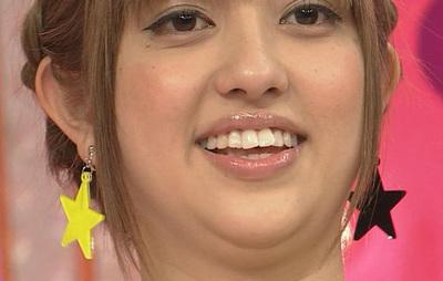 菊地亜美 舌
